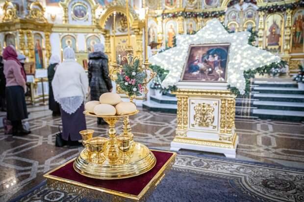 Православные Удмуртии отмечают праздник Рождества Христова