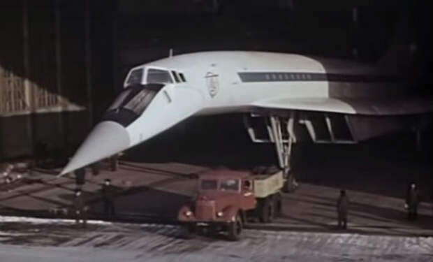 Взлет и посадка Ту-144: редкое архивное видео