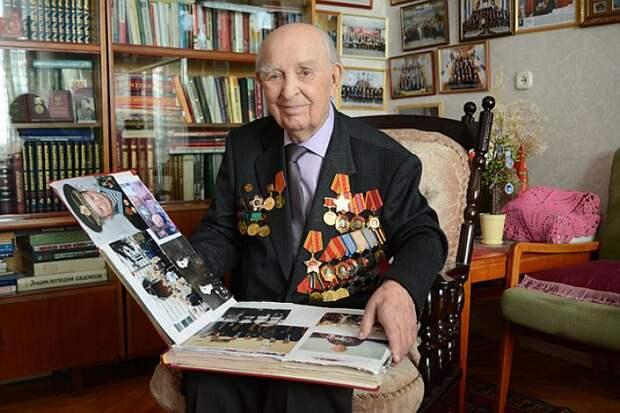 Василий Михайлович Кипорук пережил двоих из четырех детей, свою супругу и умудрился заново жениться.