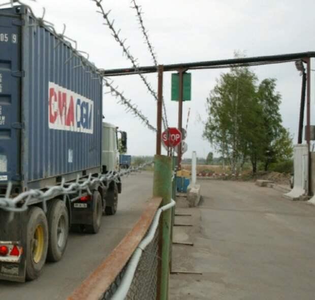 Белоруссия закрывает своим гражданам границу на выезд