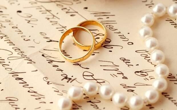 Дорогая жена!   Пишу тебе это письмо, чтобы сообщить, что я тебя покидаю навсегда...