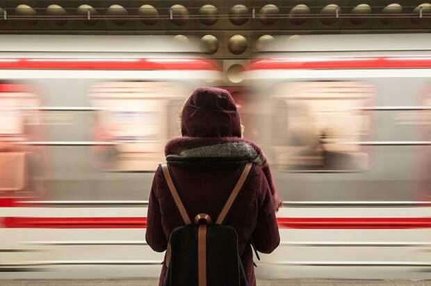 Через станцию «Кузьминки» запустили поезд с интерактивными дисплеями