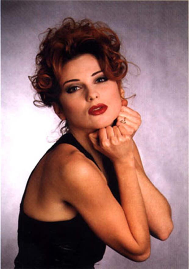 Секс-символы русской эстрады 90-х: Почему Ветлицкая, Салтыкова и Дэнс в свои «под 50» выглядят на 30?