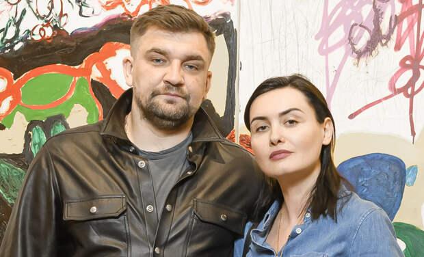 Баста с женой Еленой Пинской, Андрей Малахов и другие на дне рождения галереи в Москве
