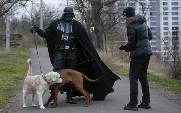 Как проходят дни украинского Дарта Вейдера
