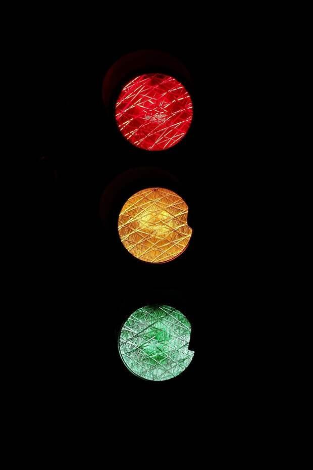В Симферополе установят 7 новых светофоров