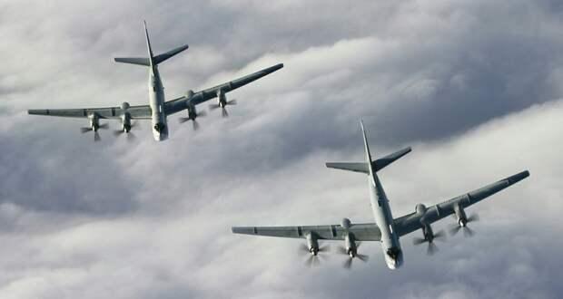 ВВС США обделались с «перехватом» бомбардировщиков и истребителей РФ над Аляской