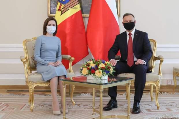 Польша без компаса. Внешняя политика Варшавы становится нервозной и хаотичной