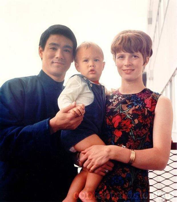 Снимок из семейного фотоархива Брюса Ли.