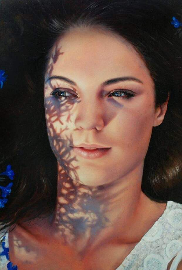 Художница выражает свои эмоции через портреты