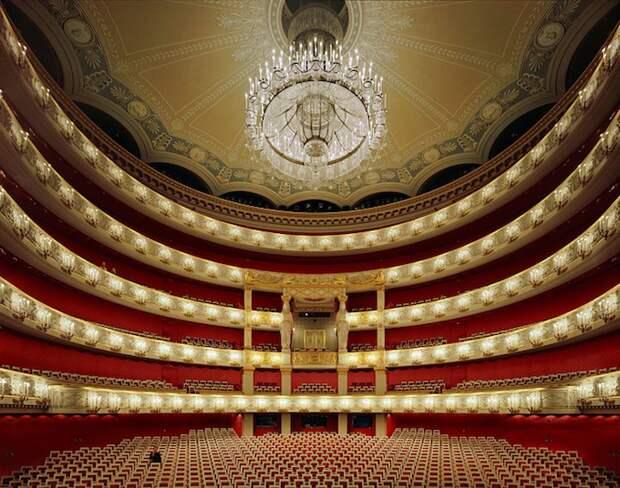 opera_theatre10.jpg