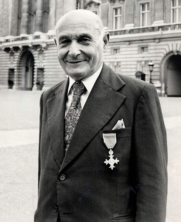 Один из самых выдающихся шпионов Второй мировой войны - Хуан Пухоль Гарсия.