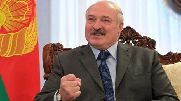 «Парнишку себе подобрала — обнять и плакать»: внучка Лукашенко вышла замуж