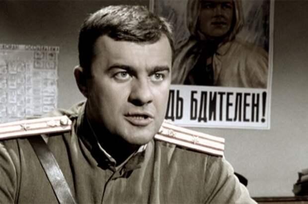 Михаил Пореченков в сериале *Ликвидация*, 2007 | Фото: kino-teatr.ru