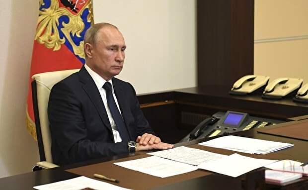 Они востребованы, абсолютно востребованы. Путин объяснил, почему внес в ГД закон со ссылками на новую Конституцию до голосования