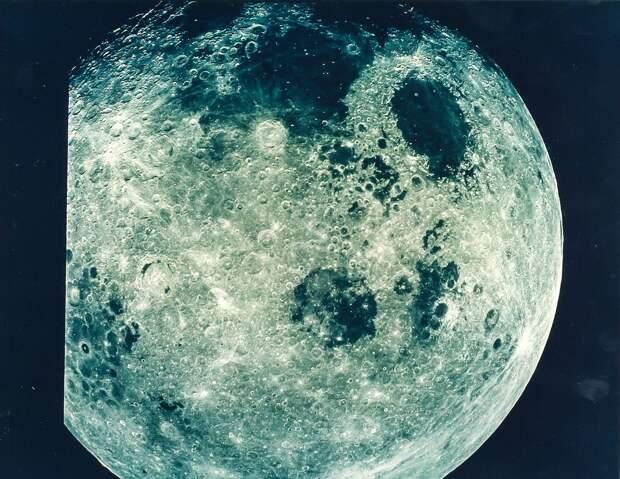 1968, декабрь. Снимок полной Луны. «Аполлон-8»