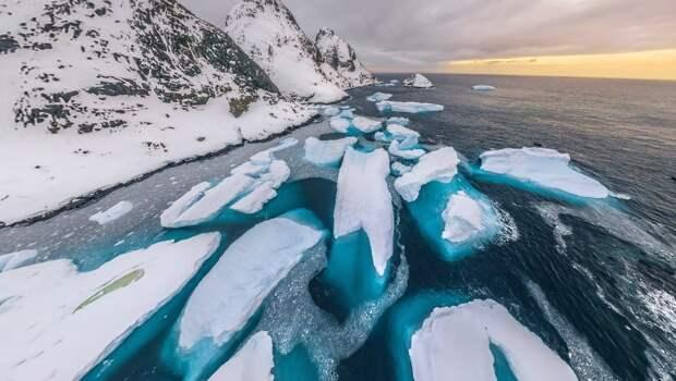 Аэрофотопанорама: льды и снега