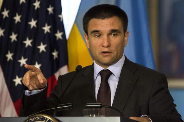 Украина заскучала на обочине мирового внимания
