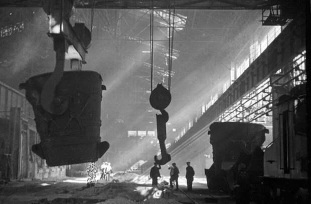 Как иностранцы помогали нам строить столицу черной металлургии Магнитогорск