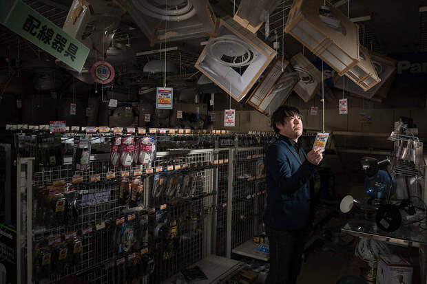 Беженцы из Фукусимы вернулись в город-призрак