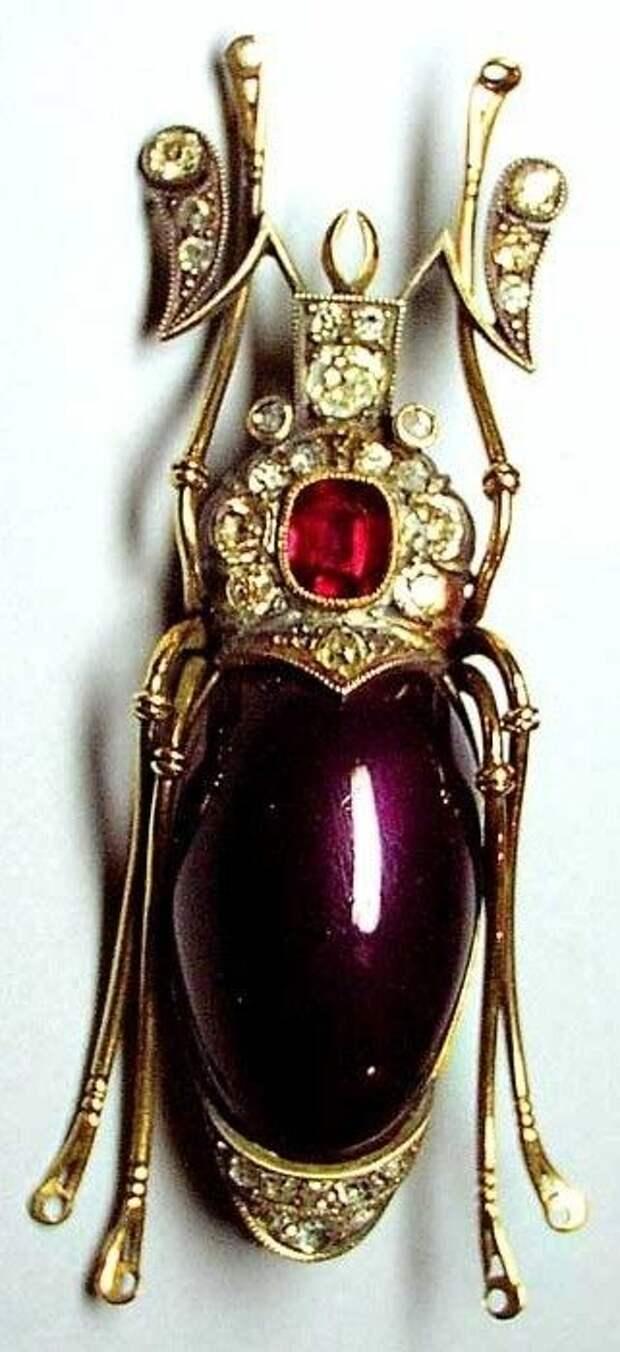 Faberg. Beetle Brooch. Gold, silver, diamonds, a ruby, enamel. 1908 – 1917. St. Petersburg, #Russia.