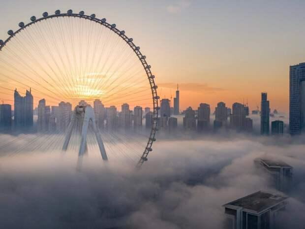 В Дубае соорудили самое большое в мире колесо обозрения