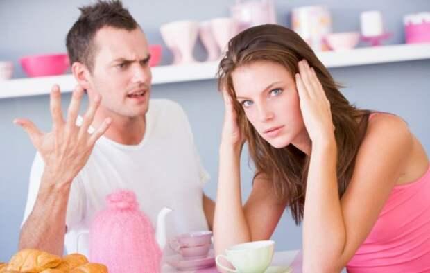 Признаки того, что мужчина разрушает личность женщины