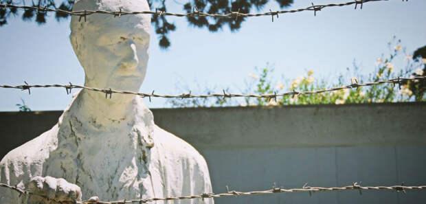 «Память о Холокосте необходима, чтобы наши дети никогда не были жертвами».