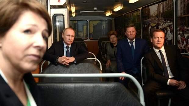 Кто и зачем берет на себя «ответственность» за Путина?