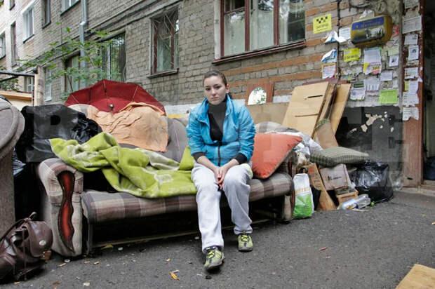 Россиян лишат единственного жилья за долги по ЖКХ: сделают это законно