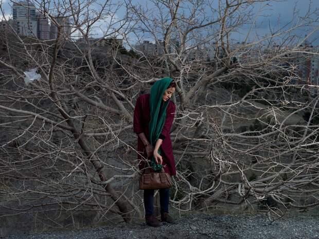 Ислам, сигареты и ботокс — повседневная жизнь женщин в Иране