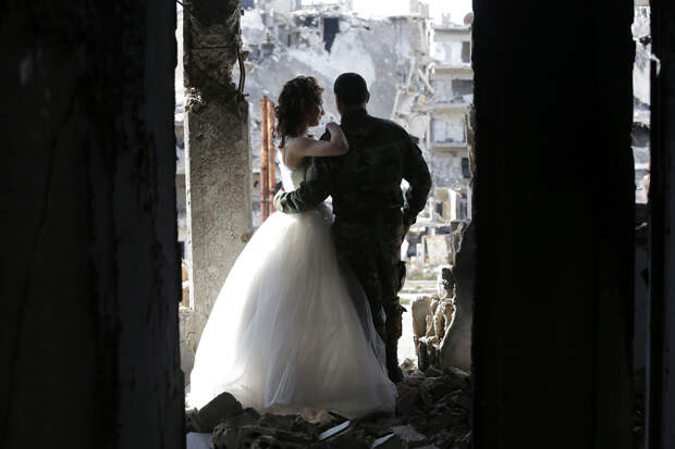 Свадьба в руинах