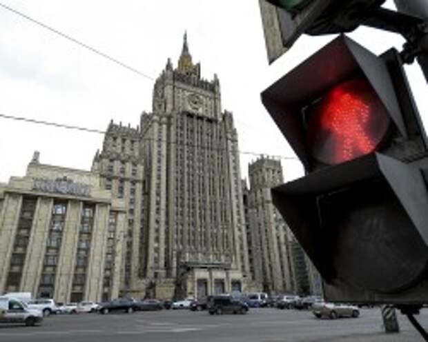 Москва пригрозила Варшаве ответом за инцидент с самолетом Шойгу