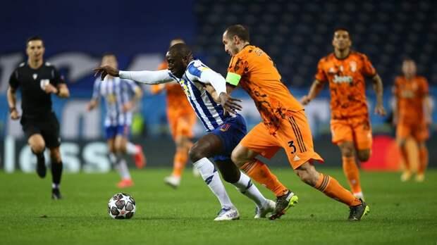 «Ювентус» на выезде проиграл «Порту» в 1-м матче 1/8 финала Лиги чемпионов