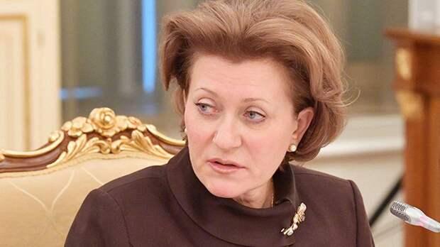 Попова порекомендовала студентам привиться от коронавируса