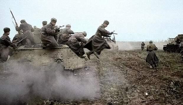 Названа причина неудач Красной армии в первые дни войны