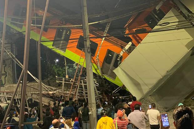 Не менее 20 человек погибли из-за обрушения моста в Мехико