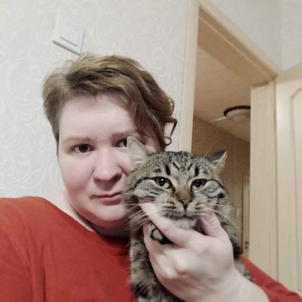 Самый ласковый кот, который у меня жил - Степашка.