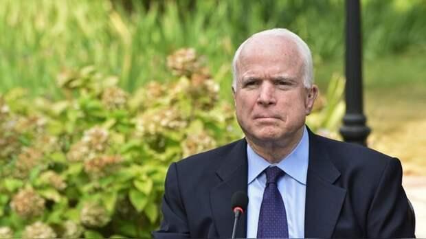 Маккейн: Россия бомбит Сирию, потому что Обама – не лидер