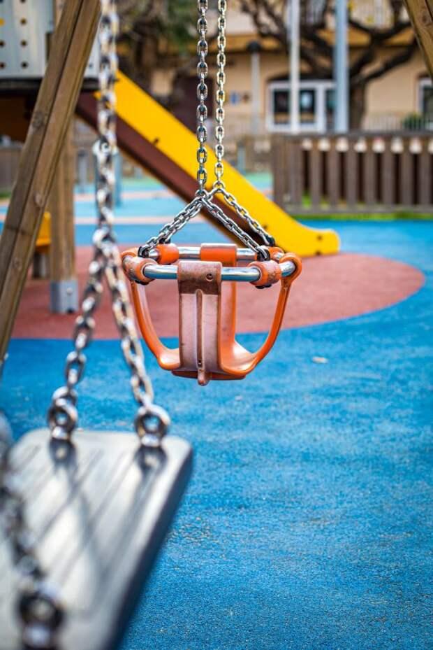 На Коровинском отремонтирована детская площадка