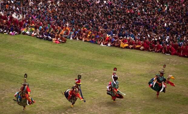 Танец буддийских монахов