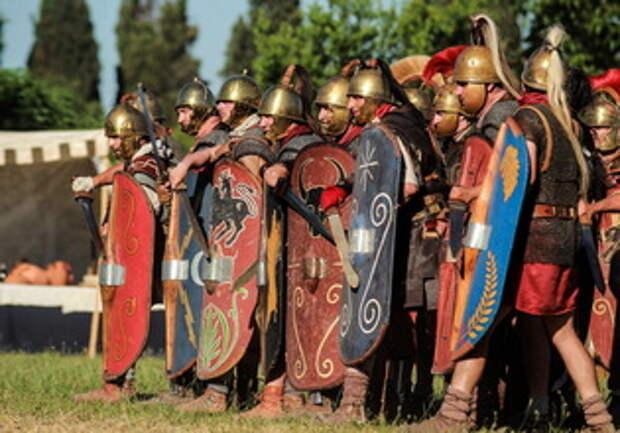 Гражданские войны Рима: Антоний против сил сената. Триумвиры против республиканцев (2 статьи)