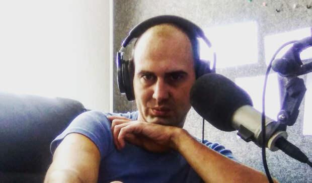 ВВолгограде известный радиоведущий впал вкому после трагедии настроительной базе