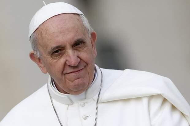 Папа Римский: «Я все еще жив, хотя некоторым хотелось бы видеть меня мертвым»