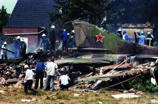 Как советский МиГ в Европу без пилота улетел