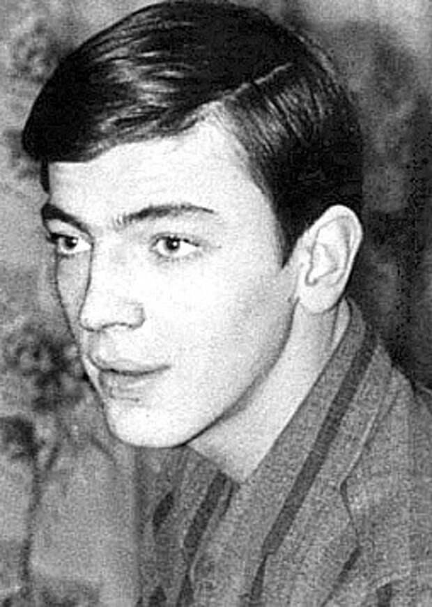 Михаил Боярский в детстве.