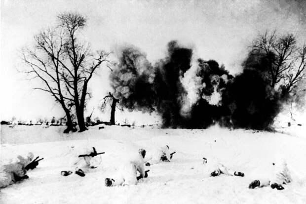 Ноябрь 1941 года. Отступать некуда - позади Москва. Фото: Фотохроника ТАСС