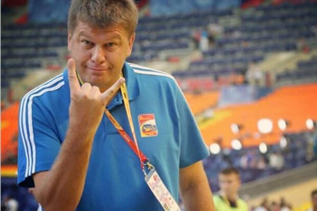 «Россия - страна не футбольная. У нас даже Лигу чемпионов никто не смотрит. Большунов работает, а футболисты балду гоняют и ни черта не делают», - Губерниева понесло