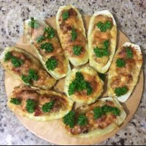 Фото рецепта: Лодочки из кабачков
