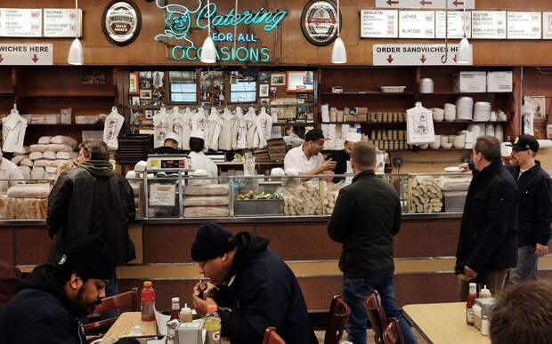 Реальные кафе и рестораны из известных фильмов, которые вы можете посетить
